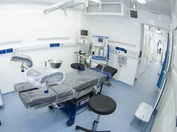 OP im mobilen Krankenhaus